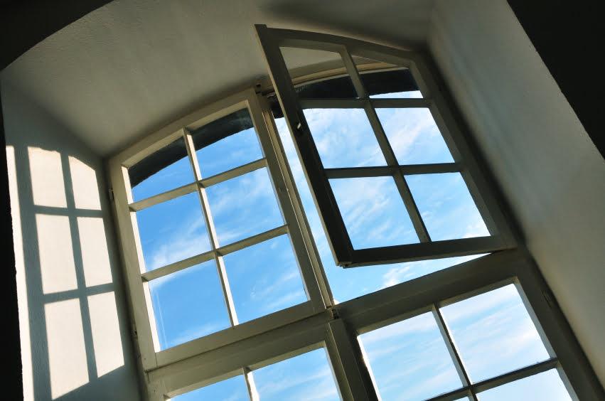 Open window iStock_000010199600_Small